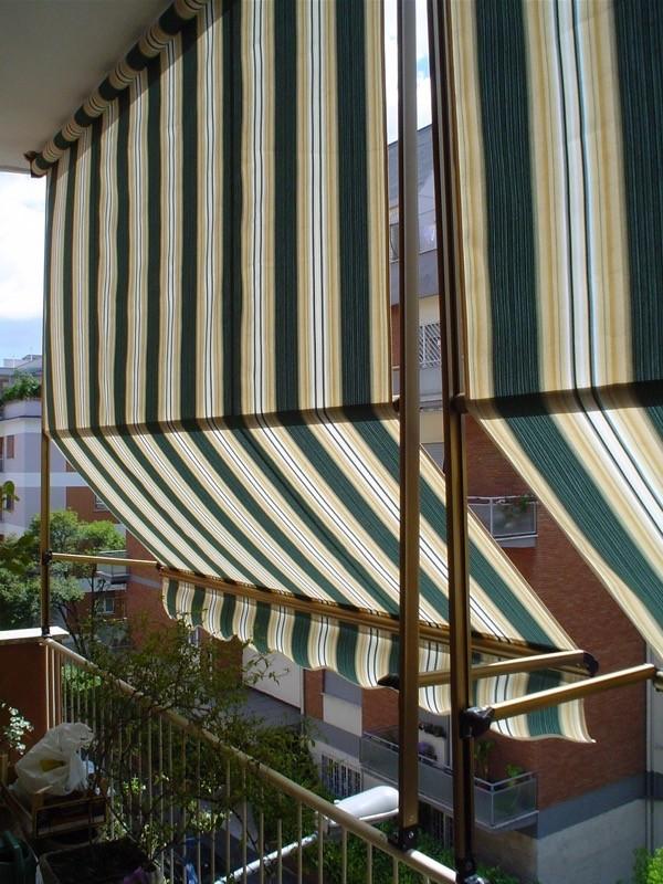 Tende Da Sole Con Guide Laterali.Tende Da Balcone Con Guide Artetenda